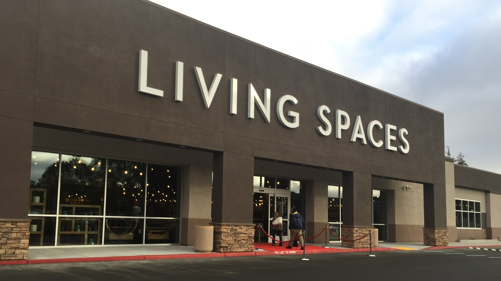 Living Spaces Offers Quality Furniture And Modern Home Décor In A Wide  Range Of Styles And Prices. The Showroom Is Expansive, Attractive, ...